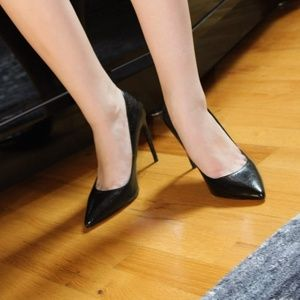 black Zara high heeled shoes